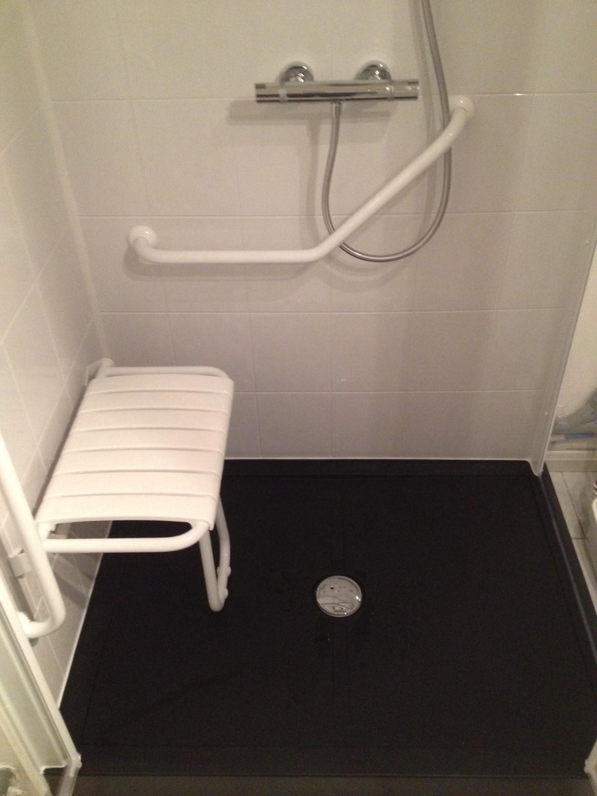 douche-agencement-PMR